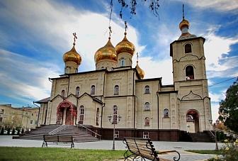 Рашид Темрезов поздравил православных верующих Карачаево- Черкесии с Пасхой